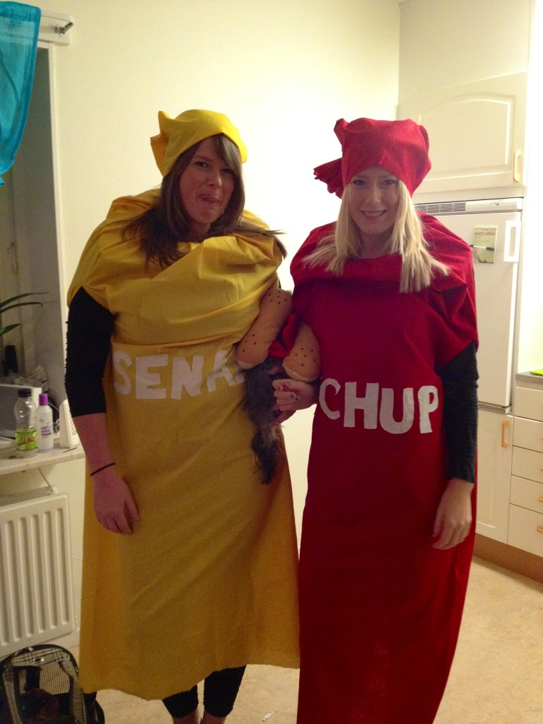 halloween ketchup och senap.jpg