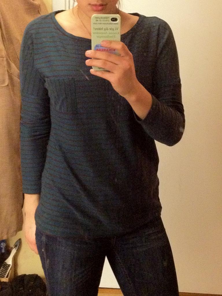 laredoute långärmad tröja med knappar.jpg