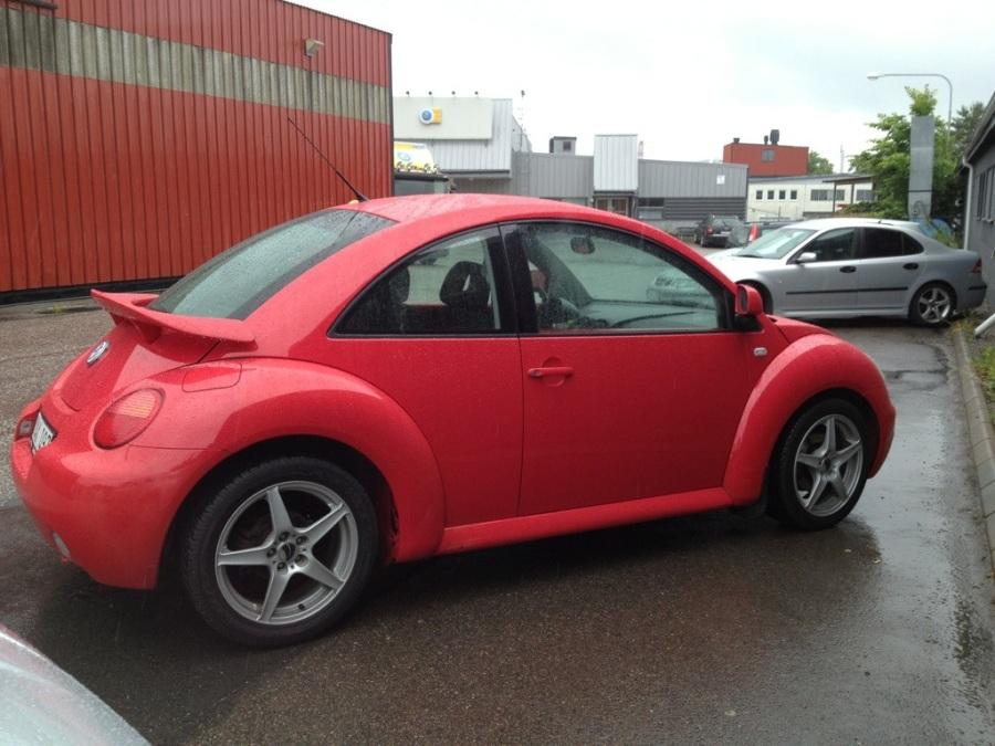 rös bubbla till salu, vw, Volkswagen bubbla, äldre modell, till salu, begagnad bil, tjejbil.jpg