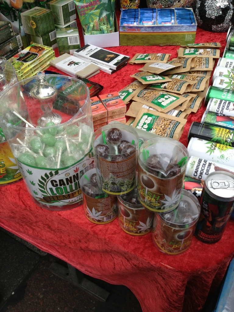 droger på Albert cypt market-144905.jpg