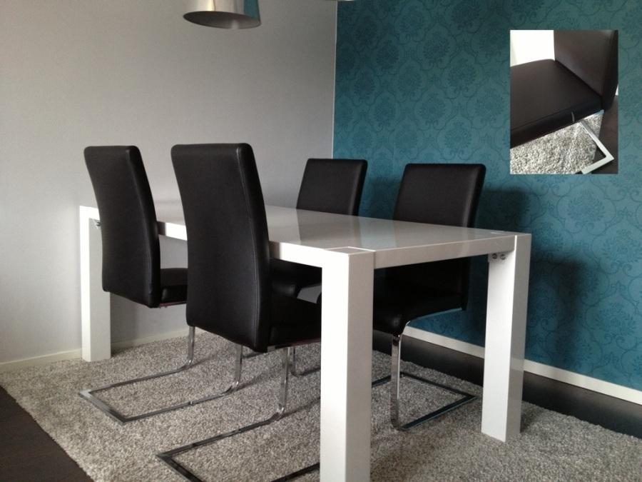 säljes matbord MIO stort 6st stolar-150349.jpg