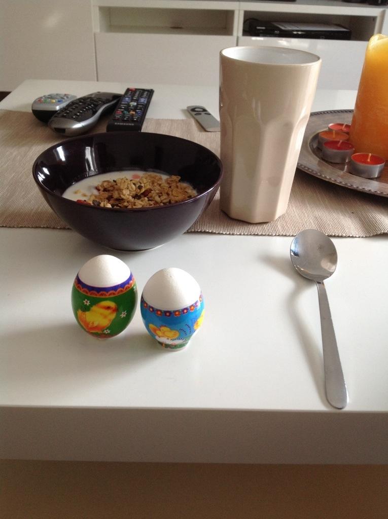 påskfrukost.jpg